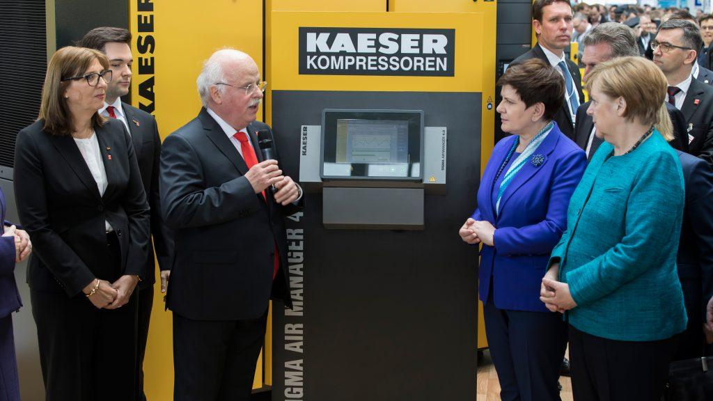 Hannover-Messe-Merkel-Kaeser14-35815